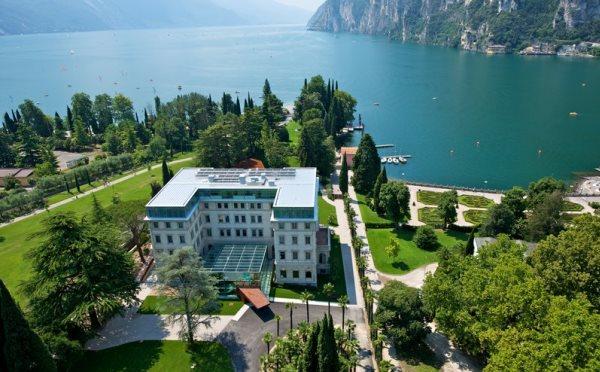 Hotel-Lido-Palace-Riva-del-Garda-vista-dall'alto