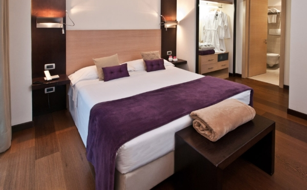 Hotel-Luise-Riva-del-Garda-camera-da-letto2