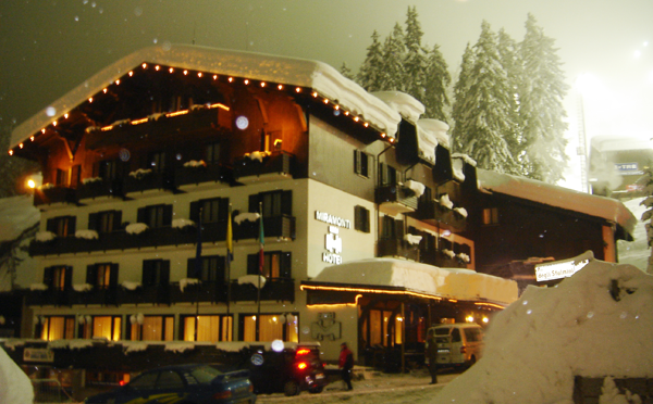 esterno in inverno e di notte