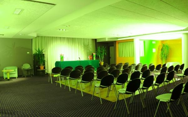 sala conferenze3