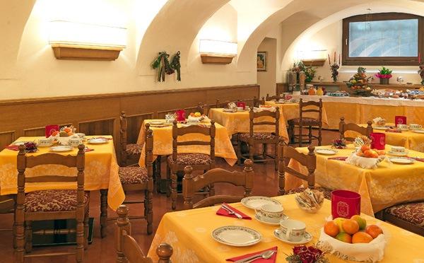 sala da pranzo2