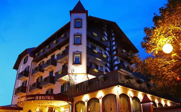 Hotel-Romantik-San-Martino-esterno-all'imbrunire