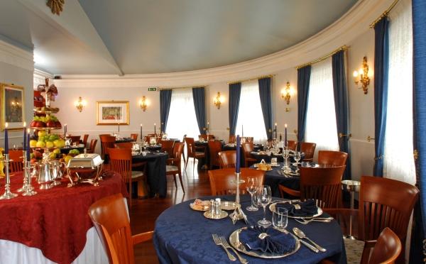 Hotel-Romantik-San-Martino-sala-da-pranzo2