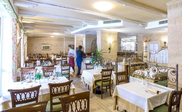 Hotel-Sartoris-Trento-ristorante2