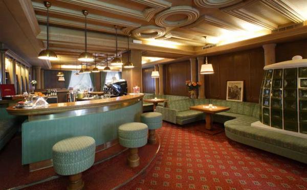 Hotel-Savoia-San-Martino-di-Castrozza-bar