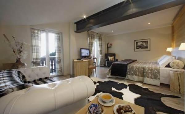 Hotel-Savoia-San-Martino-di-Castrozza-camera-da-letto