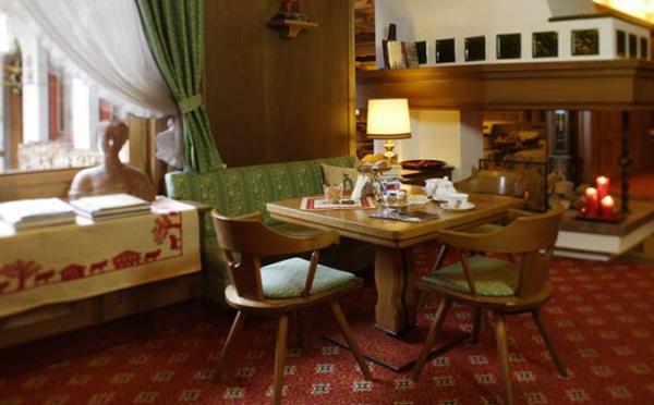 Hotel-Savoia-San-Martino-di-Castrozza-spazi-comuni