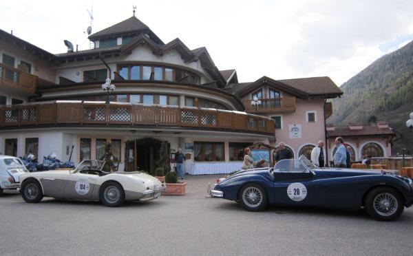 Hotel-Tevini-Comezzadura-esterno1