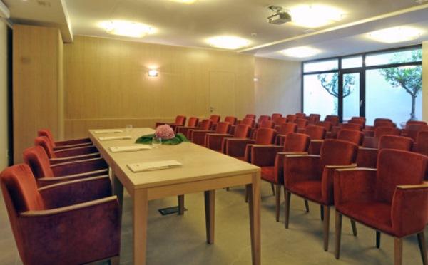Hotel-Villa-Madruzzo-Cognola-sala-conferenze