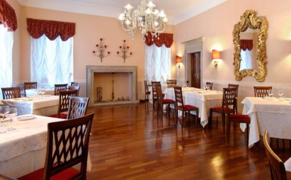 Hotel-Villa-Madruzzo-Cognola-sala-da-pranzo2