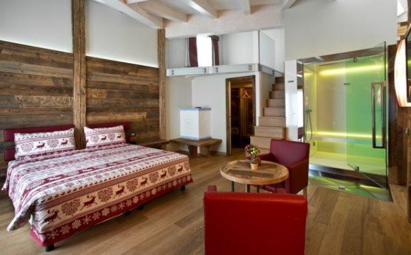 Hotel-delle-Alpi-Passo-Tonale-camera-da-letto