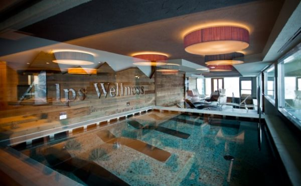Hotel-delle-Alpi-Passo-Tonale-piscina