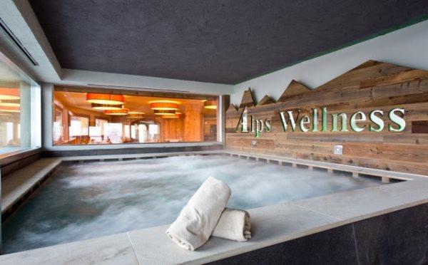 Hotel-delle-Alpi-Passo-Tonale-piscina2
