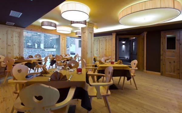 Hotel-delle-Alpi-Passo-Tonale-sala-da-pranzo