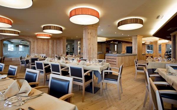 Hotel-delle-Alpi-Passo-Tonale-sala-da-pranzo2