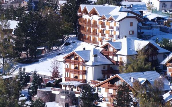 Hotel-la-Roccia-Cavalese-esterno2