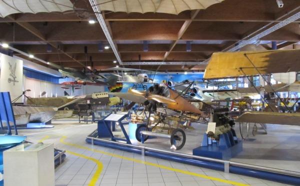 Museo-Aeronautica-Caproni-Trento-esposizione