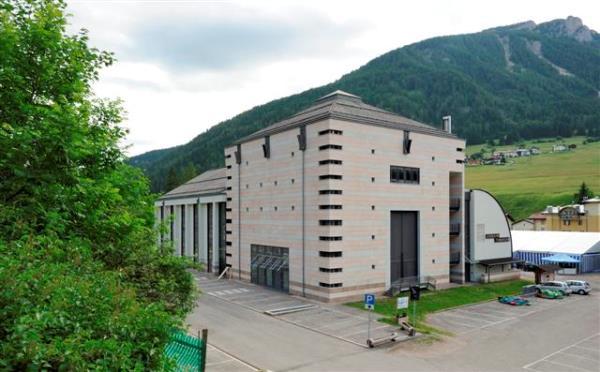 Teatro-Navalge-Canazei-esterno2