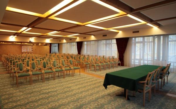 Hotel-Imperial-Levico-Terme-sala