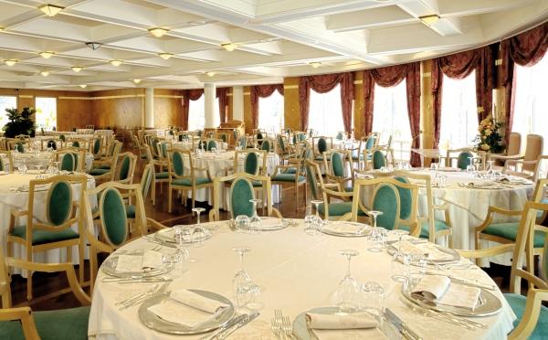 Hotel-Imperial-Levico-Terme-ristorante