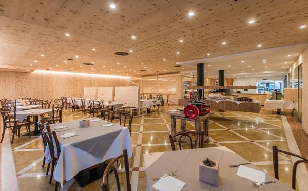 Sport & Wellness Hotel Cristallo_sala
